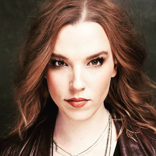 Photo of Lzzy Hale